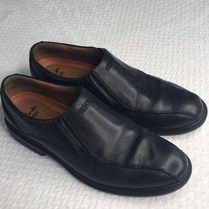Clarks 1825 Unuctrusture Slip on men's shoes 13